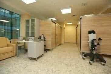 Отделение физиотерапии с индивидуальными кабинками