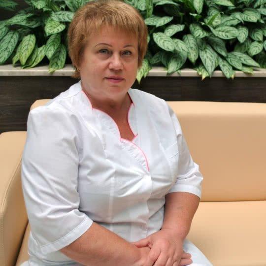 Сапрыкина Елена Александровна – медсестра по массажу.